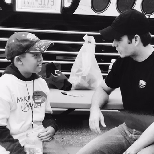 In 2005, Jeff met Jonathan, a boy with leukemia