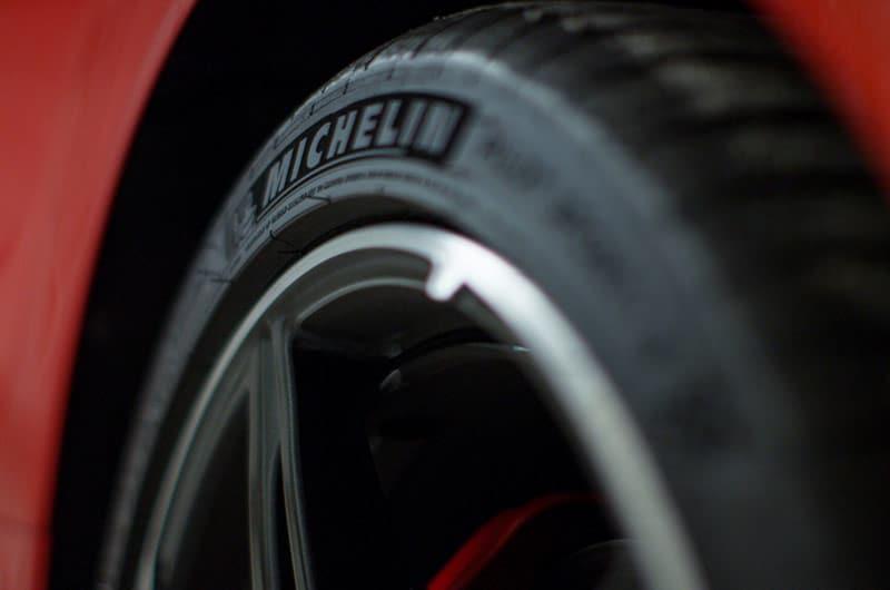 Michelin tires – 2020 Chevrolet Corvette C8 Stingray Coupe